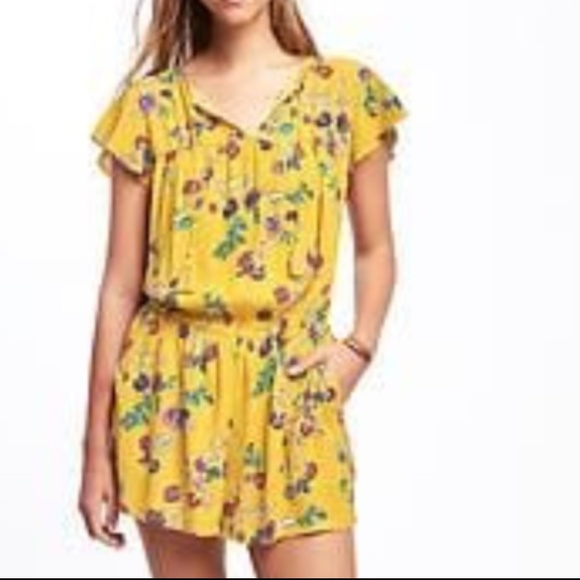 deft design how to purchase numerous in variety Old Navy yellow floral romper size Medium